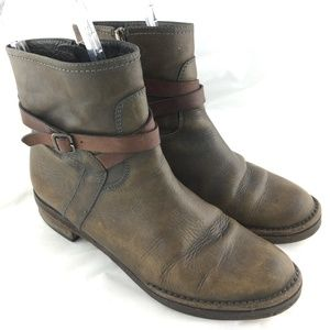 Alberto Fermani ankle booties boots taupe leather
